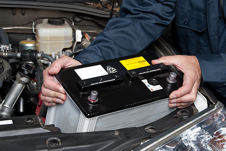 Vente et installation de batterie, démarreur et alternateur d'automobile et 4x4 à Saint-Eustache - Pièces D'autos & De 4x4 Grande-Côte